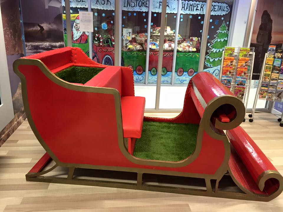 how to build a life size santa sleigh